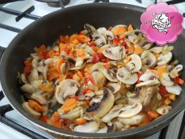 Orez cu ciuperci