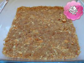 Retetele mele - Prajitura cu blat de biscuiti